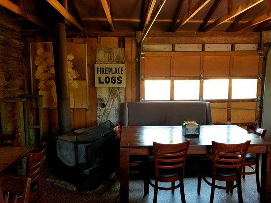 Woodyard Bar-B-Que: Old Garage door 