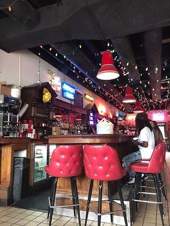 Honest John's Bar & Grill - Selden St.