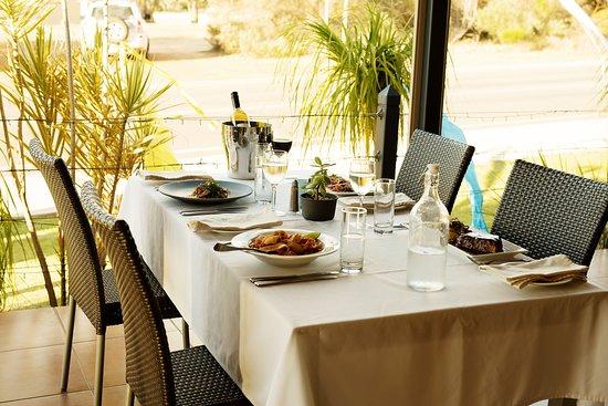 Kalbarri Edge Resort Restaurant: Outdoor dining area