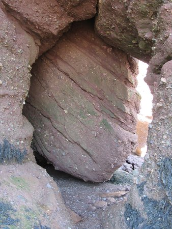 Hopewell Rocks Admission: Fallen Rock (Beware!)