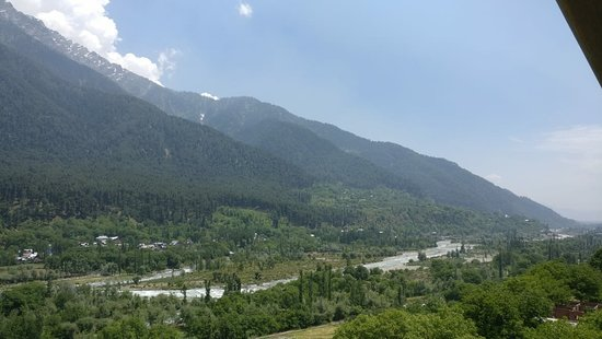 Excellent Stay and the best hotel to stay in Pehalgam