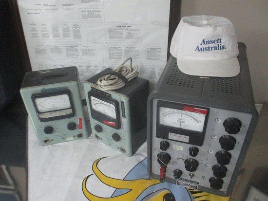 Sir Reginald Ansett Transport Museum: Radios