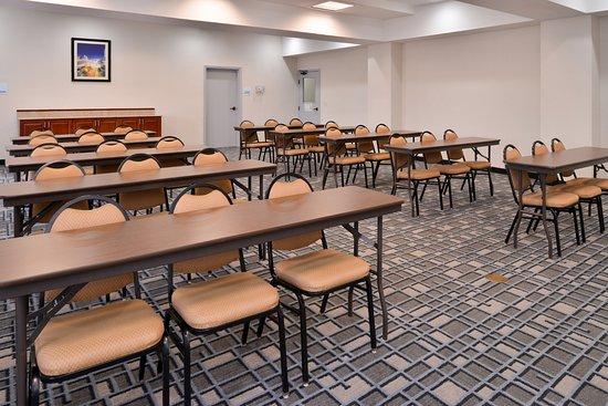 Holiday Inn Express Clanton: Meeting room