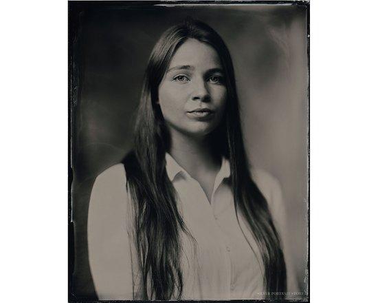 Sophie - Scan of Silver Portrait Tintype 20 x 25cm. www.silverportraitstore.nl
