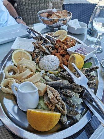 Mix fish Plato (Platou Pescaresc)
