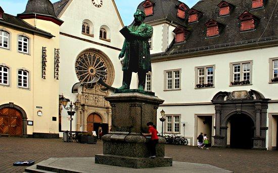 Johannes-Muller-Denkmal