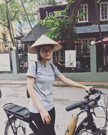 Xe đạp và Nón lá <3