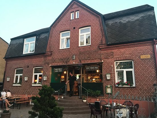 Kavlinge, Thụy Điển: The building