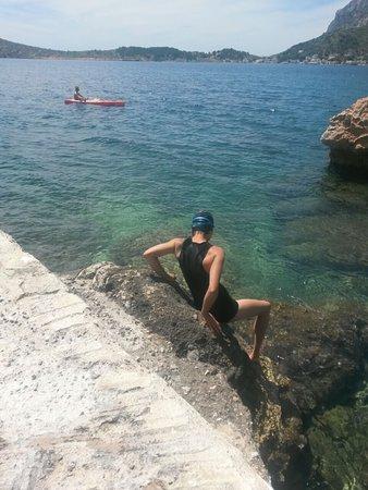 "קלימנוס, יוון: Starting the ""challenge"" to swim to Telendos at a small beach in Myrtees, Kalymnos"