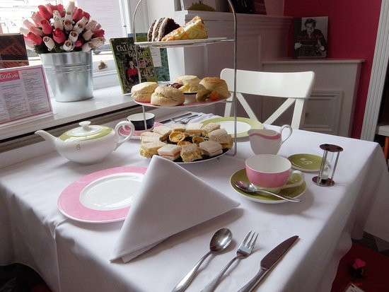 Beatons Tearooms - Moreton In Marsh: Our 'Windsor' Afternoon High Tea