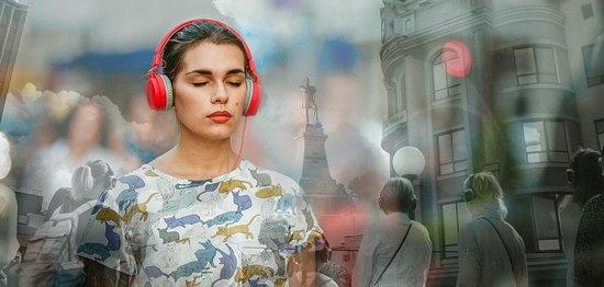 Голос Города - необычное путешествие сквозь город, время и себя.
