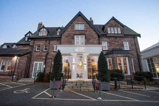 Alderley Edge Hotel Bar and Restaurant