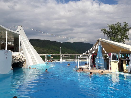 Pancharevo, Bulgarije: Korali pool