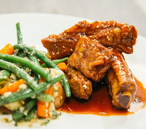 Pork ribs Bbq sauce with sauteed vegetables
