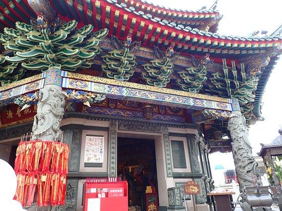 Ma Zhu Miao: 八角形の廟堂の細かい装飾や重厚感のある建築様式には感動しました。実に美しいですね。