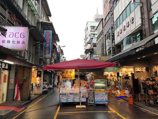 Yilan Dongmen night market
