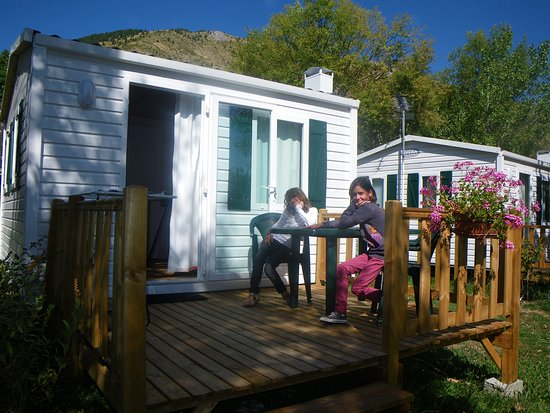 mobil home 2 personnes terrasse