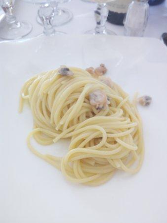 .....  spaghetti alle vongole .....
