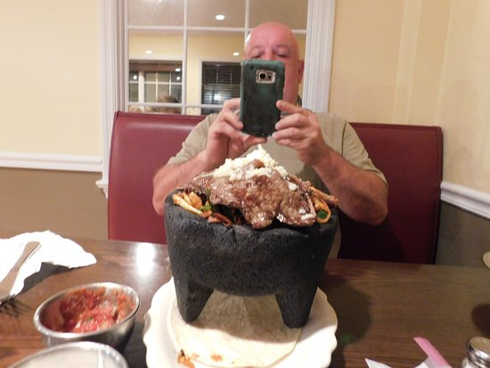 Plaza Azteca Plymouth Meeting: The bowl that had everything