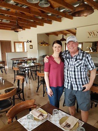 Archanes, Греция: Agnès dans son restaurant