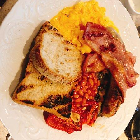 英式早餐很不錯哦。