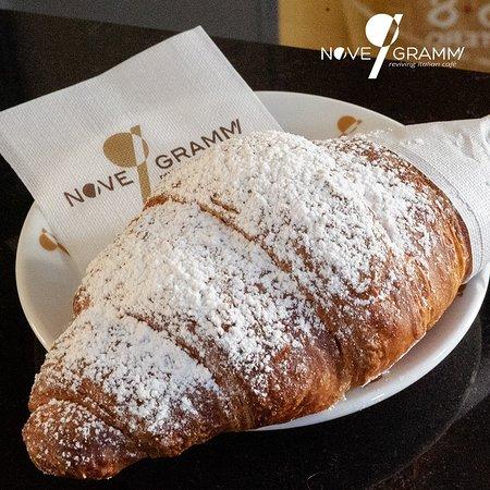 סלרנו, איטליה: Il cornetto ideale per una colazione perfetta