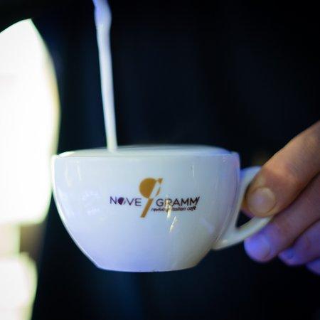 סלרנו, איטליה: Sapevi che il caffè macchiato è una delle bevande più consumate dagli italiani durante la giornata per il suo gusto meno forte e più leggero?