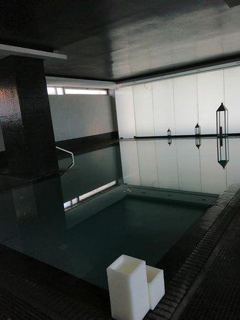 Sofitel Casablanca Tour Blanche: Superbe piscine chauffé,  je recommande