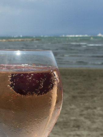 Une petit rosé pétillant de plaisir.