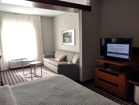 Fairfield Inn & Suites Savannah Midtown: Photos of the hotel