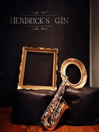 BackStage Bar: Hendrick's gin corner