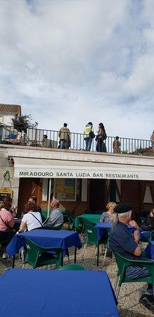 Miradouro de Santa Luzia: bar no local