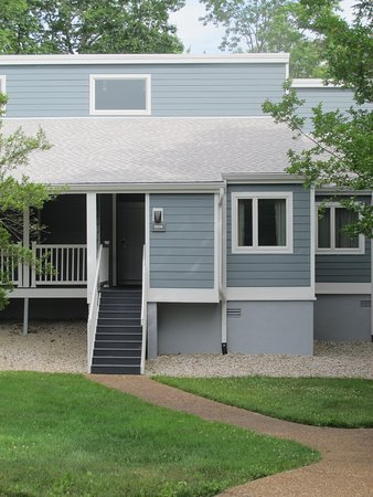 View of our unit in the Oak Knoll villas.  Note the 10 steps to get up to the porch and doorway.