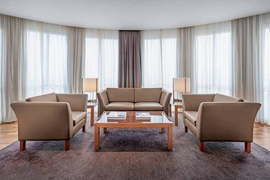 AC Hotel Malaga Palacio: Suite