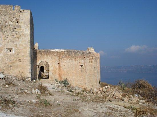 Souda, Grecja: Ottoman Fortress utanför Aptea