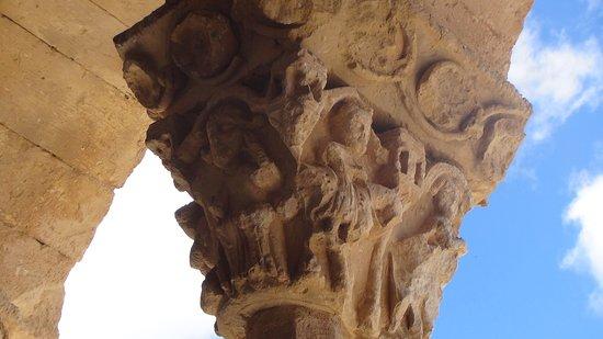 Sotosalbos, สเปน: detalle capitel