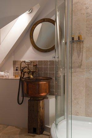 En suite shower room in double bedroom