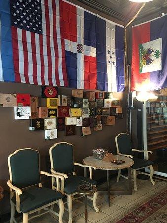 Dona Noli Cigars: Comfortable chairs to smoke