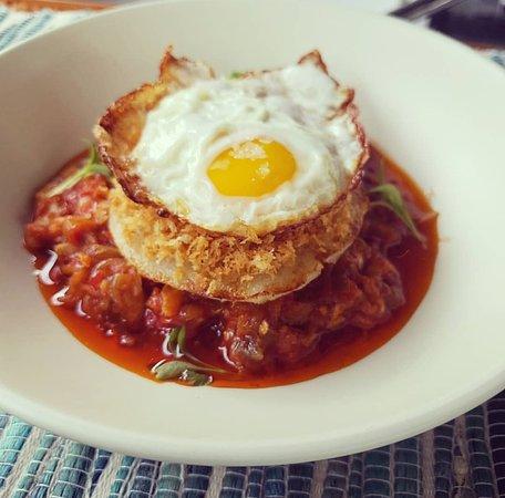 Bacalao Guisao', Chayote, Migas, huevo frito