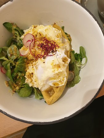 Bol: Eggs benedict on turmeric waffle