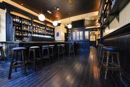 Taylor's Bar & Beer Garden