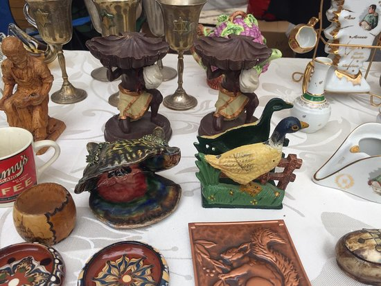 Retroshalim: פסלים ופיגורות