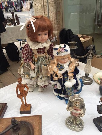 Retroshalim: בובות עתיקות