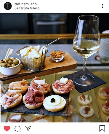 One of the best aperitif in town!  Follow us on Ig @tartinamilano