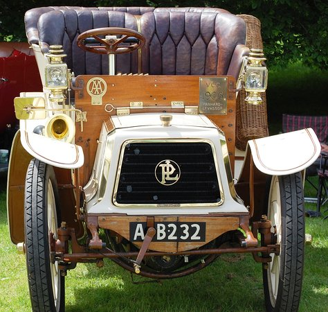 Newby Hall and Gardens: Panhard 1903