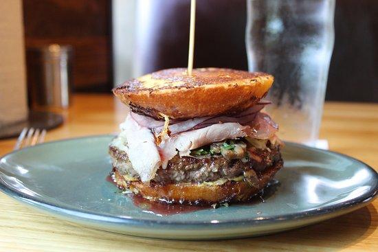 Fielding's Wood Grill: Montecristo - Angus patty, black forest ham, alpine cheese, caramelized mushroom, dijon mustard, strawberry basil jam, red onions, french toast