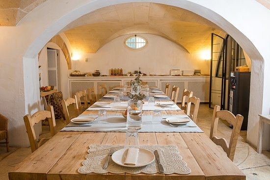 Patio interior – Billede af Hotel Tres Sants, Menorca - Tripadvisor