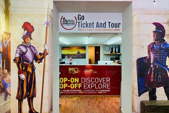 THE ROMAN TOUR