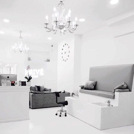 Prive Salon