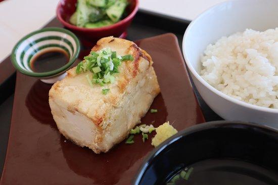 Ruly's: Fried-Tofu Lunch set. (揚げ出し豆腐定食)